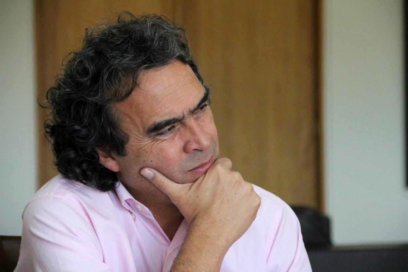El colombiano Sergio Fajardo, uno de los jurados de la XV edición de la Bienal.