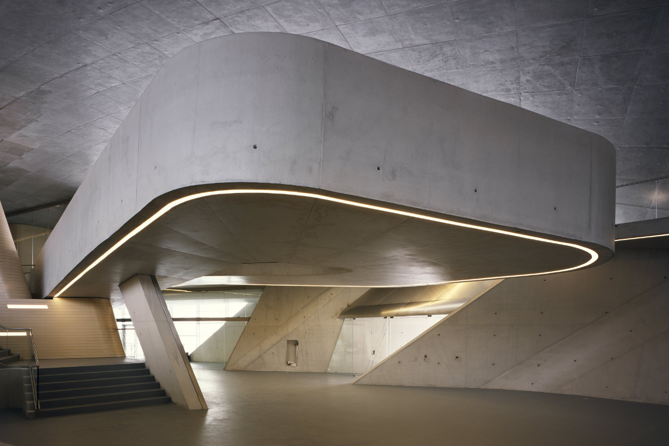 Fotografía: ©Helene Binet. Cortesía, Zaha Hadid Architects.