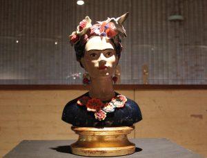 Busto de porcelana de Frida Kahlo de Lladró.