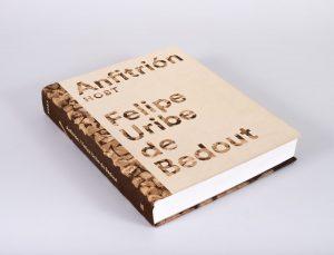 El libro es editado y publicado por Mesa Estándar Editores.